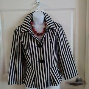 Carlisle Black & White Striped Jacket sz   US 4